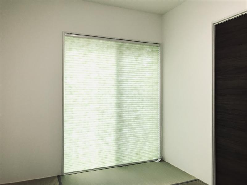 和室です。来客や赤チャンのお昼寝・オシメ替えなど、やっぱり和室は何かと便利ですネ。