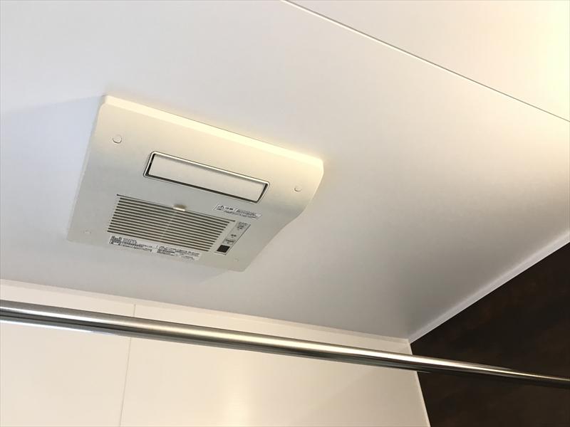 浴室換気乾燥暖房機も付けました!! 乾燥で使用するのは電気代が安い夜間がおススメ※オール電化住宅ですので、一般の電気代より更に安いですヨ