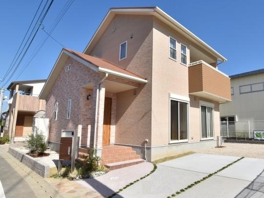 福岡県久留米市 新築一戸建て トレステージ津福小東Ⅱ11号地モデルハウス外観