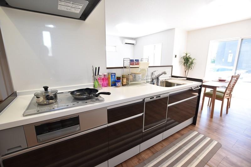 5号地モデルハウス:キッチン