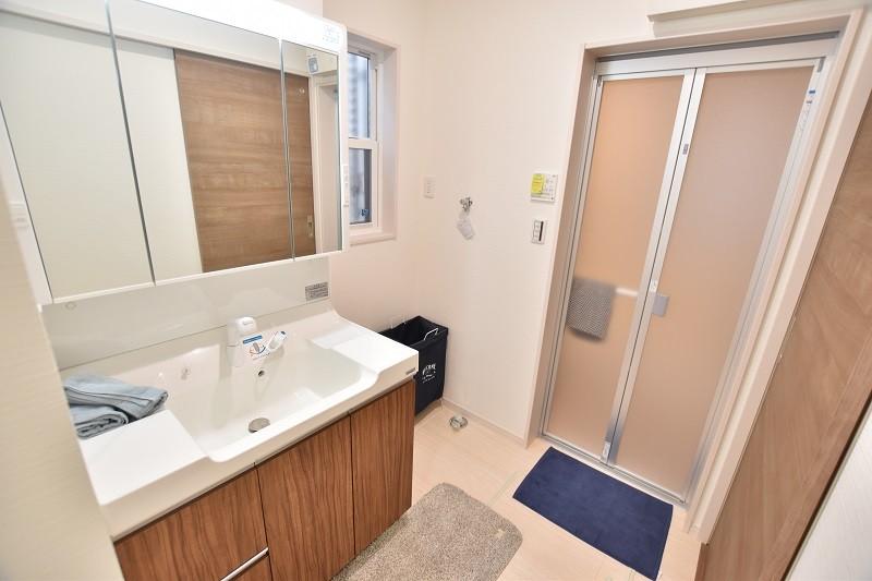 トレステージ白水ヶ丘2丁目4号地モデルハウス:洗面脱衣室