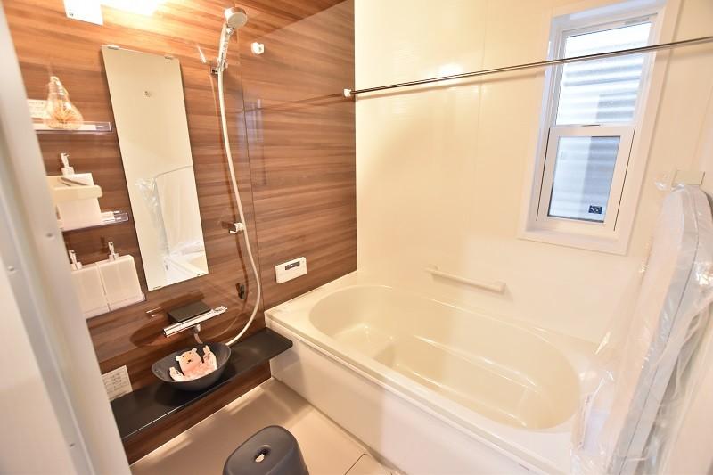 トレステージ白水ヶ丘2丁目4号地モデルハウス:浴室