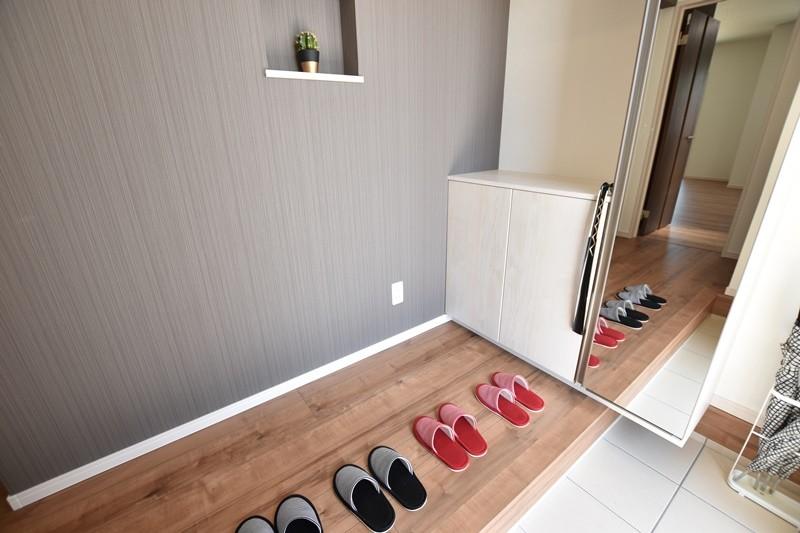 5号地モデルハウス:玄関