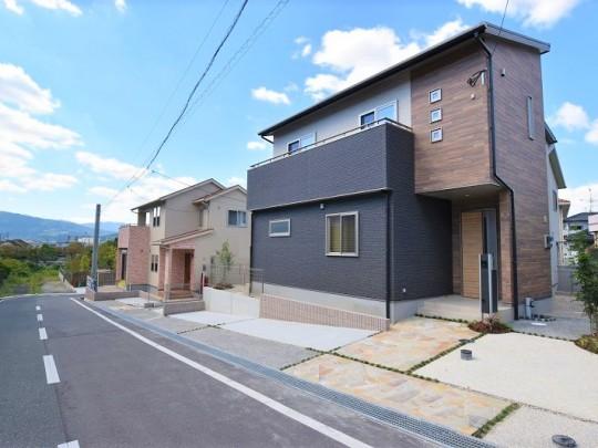 福岡県春日市 新築一戸建て トレステージ白水ヶ丘2丁目 1・4号地外観