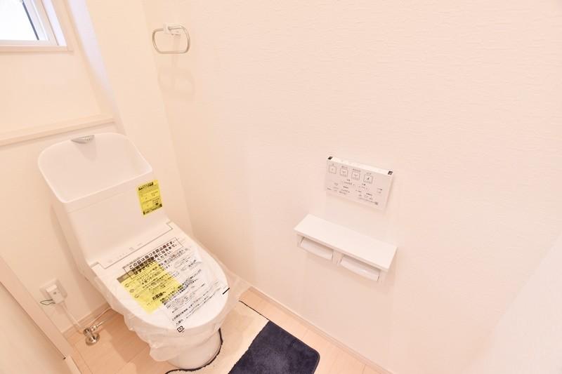 朝倉郡筑前町 新築一戸建て 6号地モデルハウス:トイレ