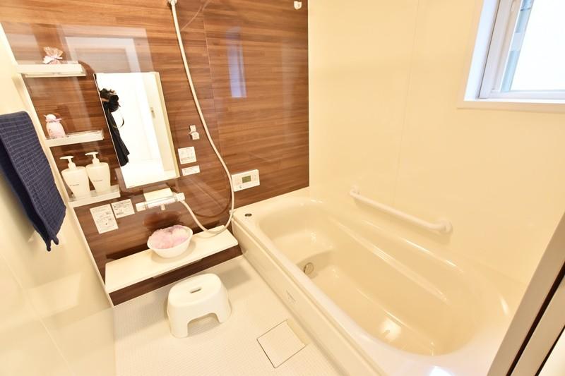 朝倉郡筑前町 新築一戸建て 6号地モデルハウス:浴室