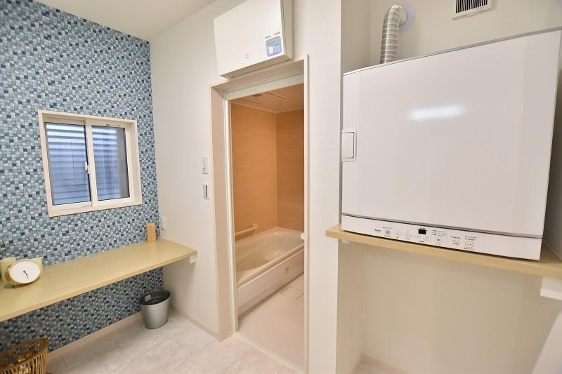 洗面脱衣室2