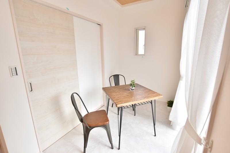 朝倉郡筑前町 新築一戸建て 4号地モデルハウス:サンルームがあるので雨風や黄砂、花粉等から守りながら洗濯物を干すことができます。