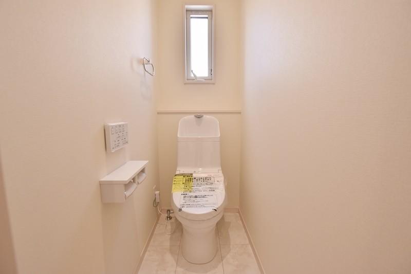 久留米市上津町 新築一戸建て 3号地モデルハウス:トイレ