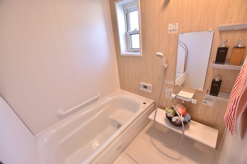 久留米市上津町 新築一戸建て 2号地モデルハウス:浴室