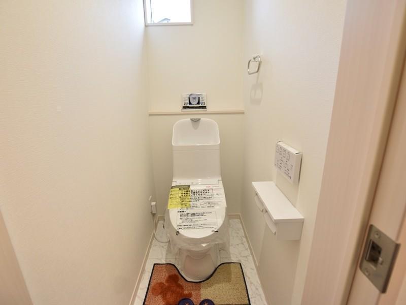 1号地モデルハウス:トイレ