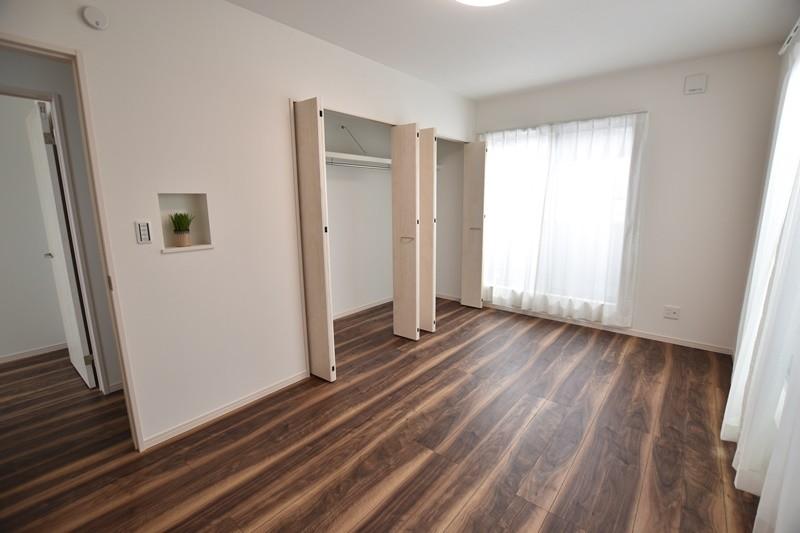 1号地モデルハウス:主寝室