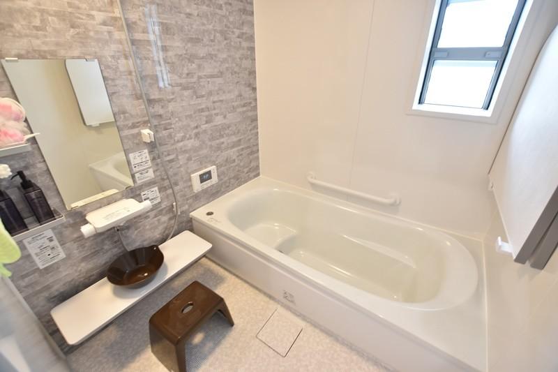 1号地モデルハウス:浴室