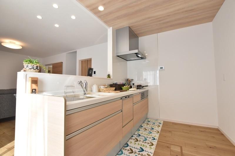 2号地モデルハウス:キッチン