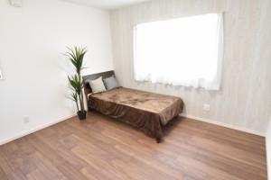 1階に7帖の洋室があります!1階に洋室、和室が有り、1階だけで生活を完結される事もできます!