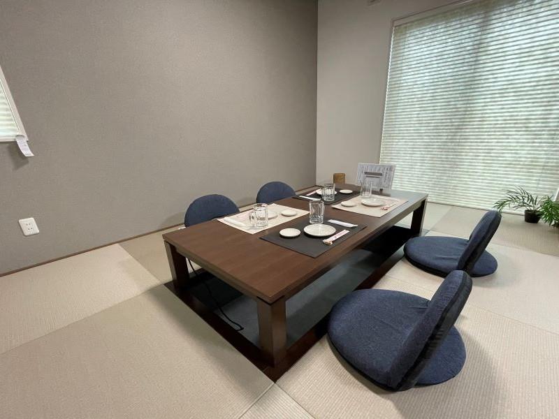 2号地:6帖の和室には堀りごたつが付いており、冬はとても暖かく、足腰への負担も軽くなります。