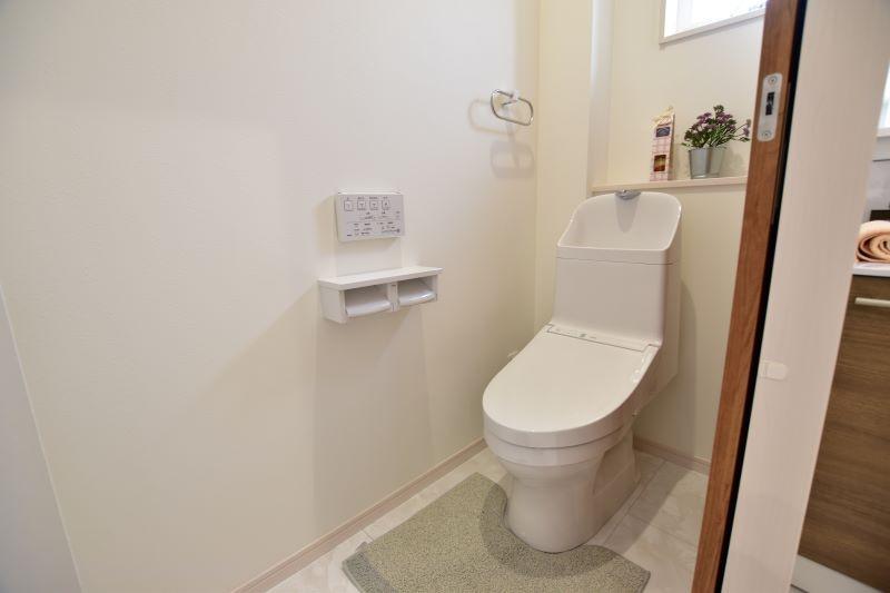 6号地:節水型のトイレ