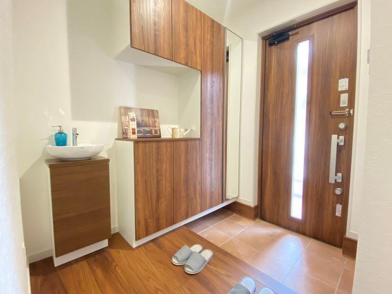 7号地モデルハウスの特徴の1つである「玄関手洗い」!帰宅後すぐに手洗いうがいができます♪