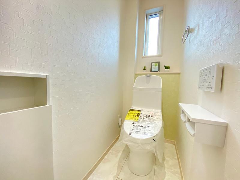 [久留米市 新築一戸建て]6号地モデルハウス:1Fトイレ