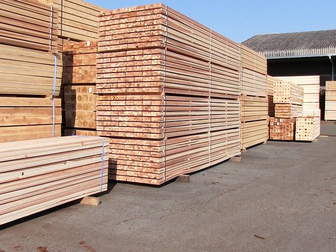 新築一戸建ての住環境にも配慮した安全安心な木材を使用