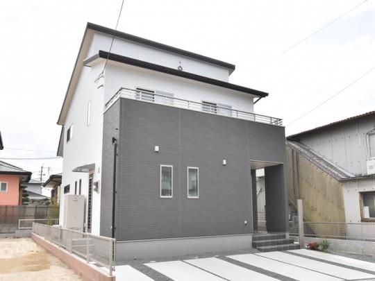 1号地モデルハウス外観
