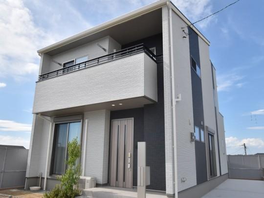 熊本県熊本市北区楡木6丁目 新築一戸建て 8号地モデルハウス外観