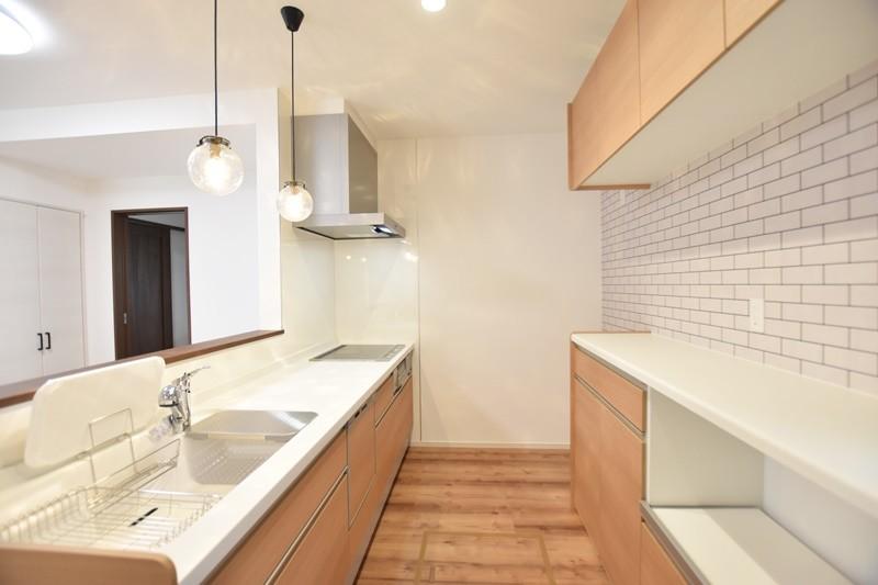 熊本市南区薄場2丁目 新築一戸建て 2号地モデルハウス・キッチン