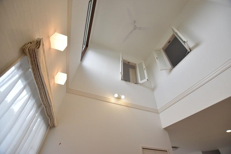 熊本市東区戸島西7丁目 新築一戸建て 5号地モデルハウス・吹き抜け