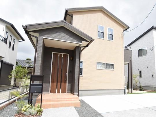 熊本市南区薄場2丁目 新築一戸建て 2号地モデルハウス外観
