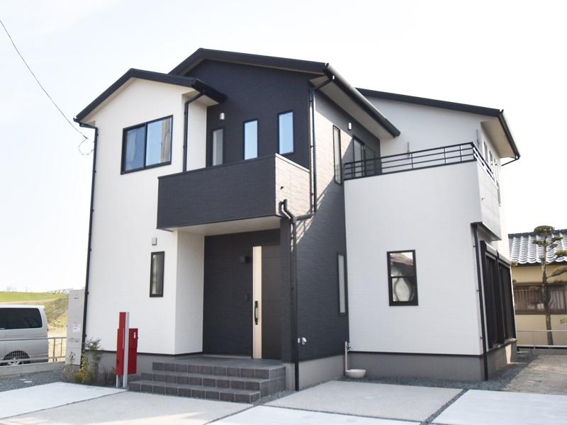 熊本市南区薄場2丁目 新築一戸建て 3号地モデルハウス・外観