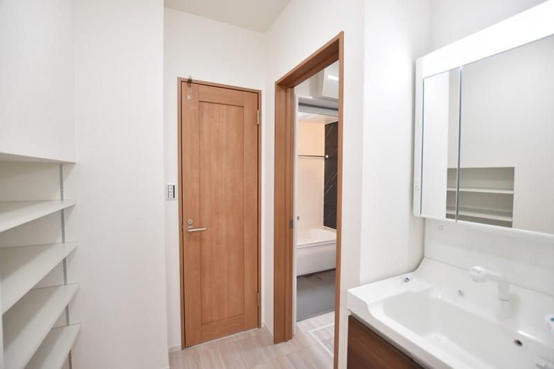 熊本市南区薄場2丁目 新築一戸建て 1号地モデルハウス・洗面脱衣室