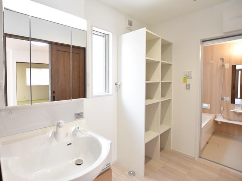 熊本市南区薄場2丁目 新築一戸建て 2号地モデルハウス・洗面脱衣室