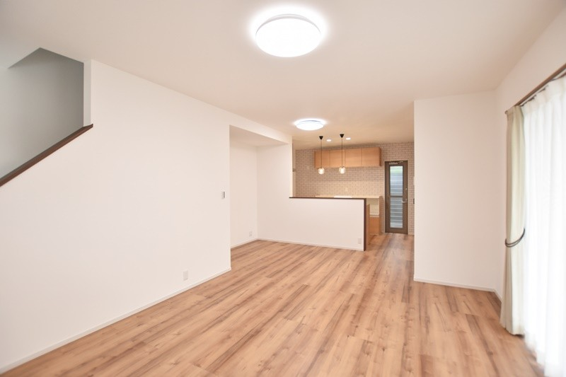 熊本市南区薄場2丁目 新築一戸建て 2号地モデルハウス・LDK