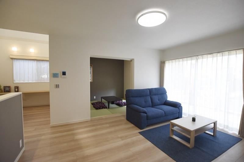 熊本市東区戸島西7丁目 新築一戸建て 5号地モデルハウス・日当たり良好のリビング