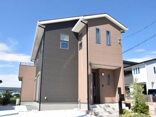 熊本市東区八反田2丁目 新築一戸建て 3号地モデルハウス外観