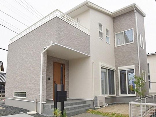熊本市北区植木町投刀塚 新築一戸建て 2号地モデルハウス外観