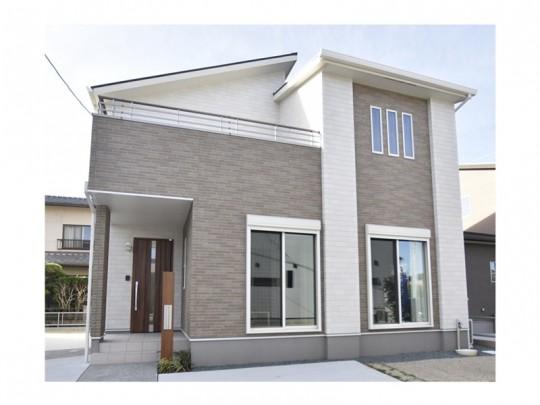 熊本市東区上南部2丁目 新築一戸建て 2号地モデルハウス外観