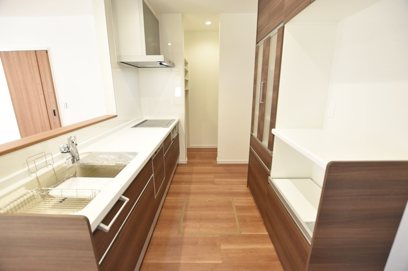 熊本市東区戸島1丁目 新築一戸建て 1号地モデルハウス・キッチン