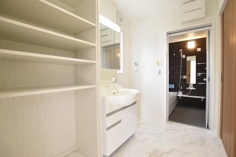 熊本市東区戸島1丁目 新築一戸建て 1号地モデルハウス・洗面脱衣室