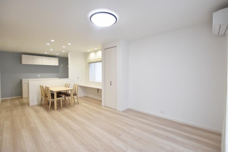 熊本市東区上南部2丁目 新築一戸建て 2号地モデルハウス・LDK
