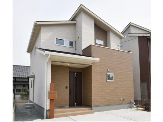 熊本市東区小山5丁目 新築一戸建て 2号地モデルハウス外観