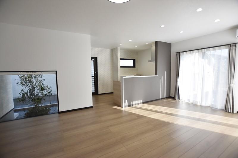 熊本市東区小山5丁目 新築一戸建て 4号地モデルハウス・LDK