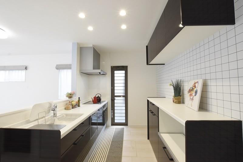 熊本市東区江津1丁目 新築一戸建て 2号地モデルハウス・キッチン