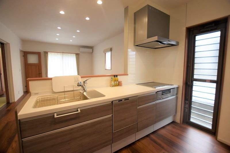 菊陽町津久礼 新築一戸建て 5号地モデルハウス・会話の弾む対面式キッチン