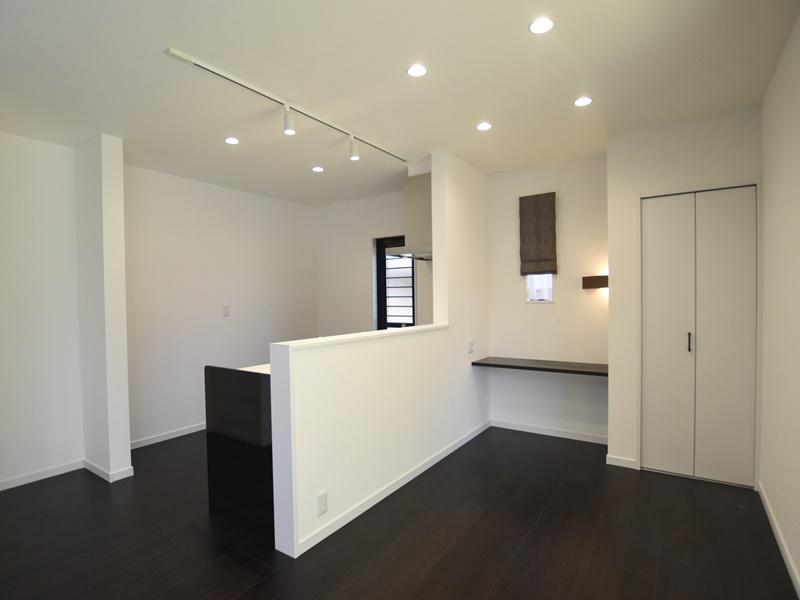 熊本市西区小島9丁目 新築一戸建て 1号地モデルハウス・ダイニングとキッチン