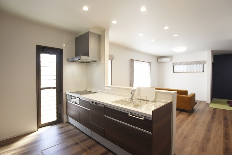 熊本市北区龍田8丁目 新築一戸建て 2号地モデルハウス・対面式キッチン