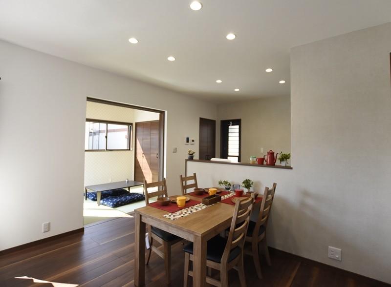 熊本市南区八分字町 新築一戸建て 2号地モデルハウス・家族が集まるダイニング