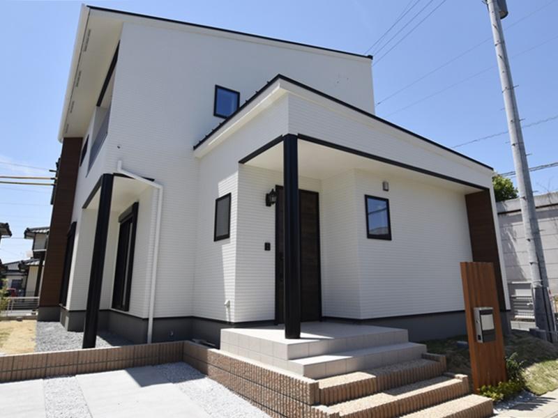 熊本市南区八分字町 新築一戸建て 1号地モデルハウス外観