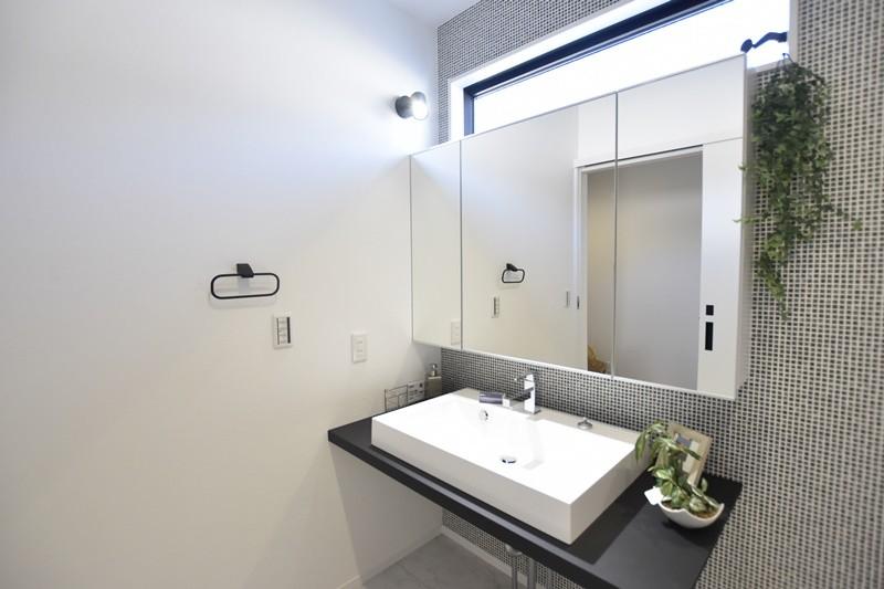 熊本市北区龍田8丁目 新築一戸建て 4号地モデルハウス・洗面化粧台