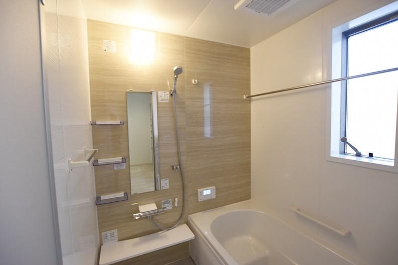 熊本市北区龍田8丁目 新築一戸建て 2号地モデルハウス・浴室換気乾燥機付きで室内干しにも便利な浴室